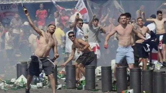 Após violência, França proíbe venda de álcool na Eurocopa