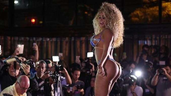 Erika Canela, da Bahia, vence Miss Bumbum 2016