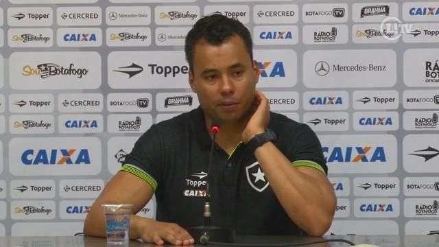 Técnicos de Flamengo e Botafogo lamentam violência antes do clássico