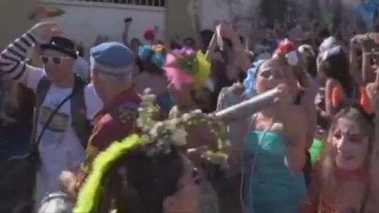 Carnaval toma as ruas do Brasil