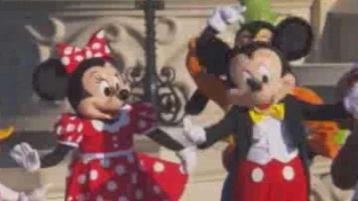 Disney de Paris comemora aniversário de 25 anos