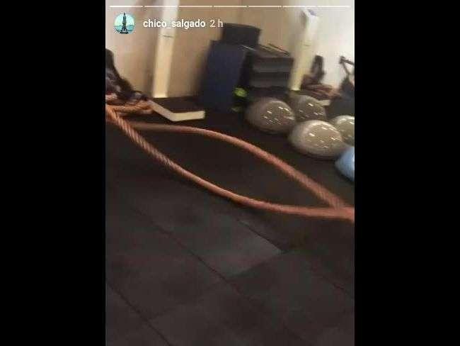 Bruna Marquezine pega pesado em treino: 'Linda depois de 1h de funcional'