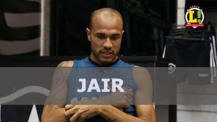 Roger enxerga Jair entre os melhores e vê futuro promissor para o técnico