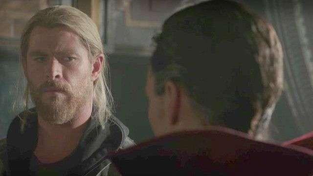 Thor: Ragnarok Trailer (2) Internacional Original