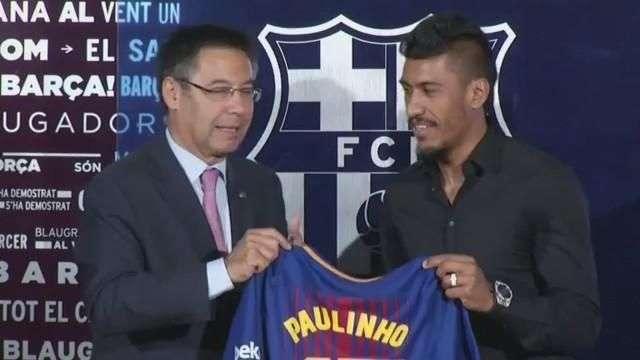 É um momento especial, diz Paulinho em chegada no Barcelona
