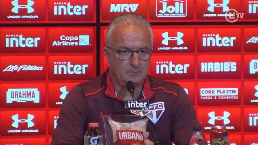Dorival explica troca de Renan por Sidão na meta do São Paulo
