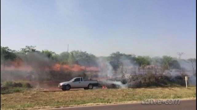 Incêndio às margens da BR 467 atrapalha visibilidade de motoristas
