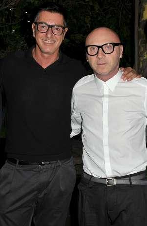 (Da esq. para a dir.) Stefano Gabbana e Domenico Dolce querem um novo rumo para a grife, sob medida Foto: Getty Images