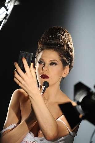 As fotos, produzidas no Rio de Janeiro, também contaram com a presença da atriz Bárbara Paz Foto: Divulgação