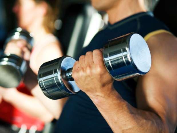 Para emagrecer você precisa aliar a pratica de exercícios a uma alimentação saudável Foto: Getty Images