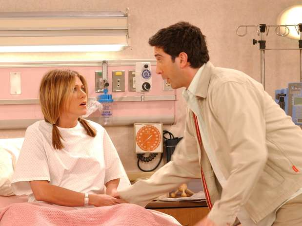 Jennifer Aniston e David Schwimmer como Rachel e Ross na série 'Friends' Foto: Getty Images