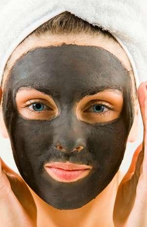 Lama proveniente do Mar Morto promete manter a saúde e a jovialidade da pele Foto: Shutterstock