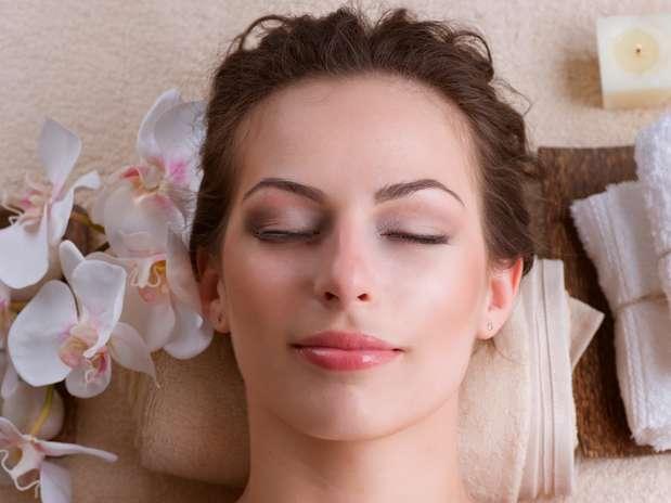 Peeling com vitamina C clareia a pele e estimula a renovação celular Foto: Shutterstock