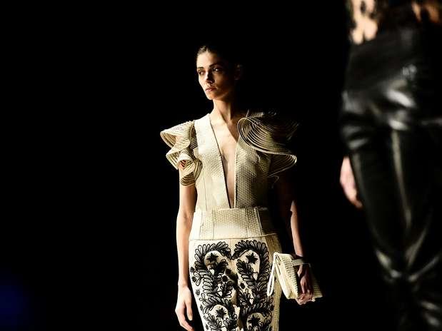 O estilista lançou sua própria marca em 1984 e é presença garantida nas duas edições anuais do SPFW Foto: Fernando Borges / Terra