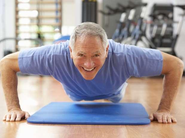 A atividade física reduz o risco de demência vascular em 40% dos casos e 60% em relação a prejuízo nas habilidades do cérebro Foto: Getty Images