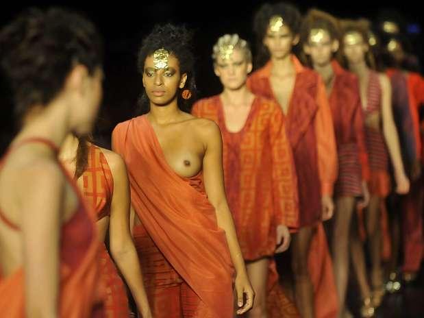 Desfile da grife Patricia Gimenez no Prêmio Rio Moda Hype no Fashion Rio Foto: Daniel Ramalho / Terra