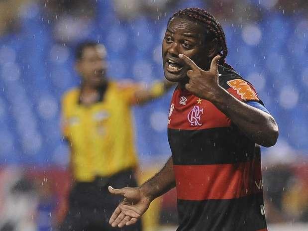 Love pode sair do Flamengo mais uma vez sem conquistar títulos Foto: Daniel Ramalho / Terra