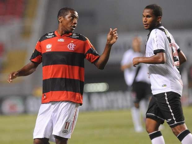 Renato Abreu permanecerá mais uma temporada defendendo o Flamengo Foto: Daniel Ramalho / Terra