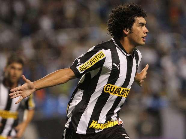 Bruno Mendes, do Botafogo, está entre os convocados para o Sul-Americano Sub-20 Foto: Daniel Ramalho / Terra