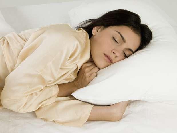 Dormir mais pode ser eficaz no tratamento de dores crônicas Foto: Getty Images