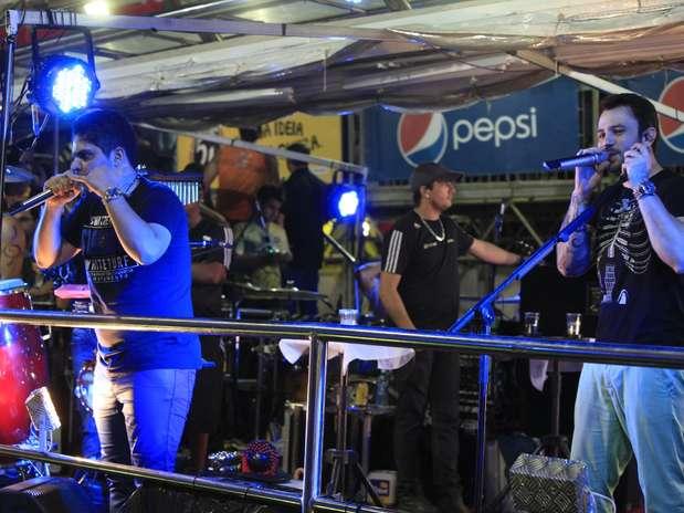 A dupla Jorge e Mateus arrastou os fãs no Carnatal Foto: Agencia Groupe e Fred Pontes / Divulgação