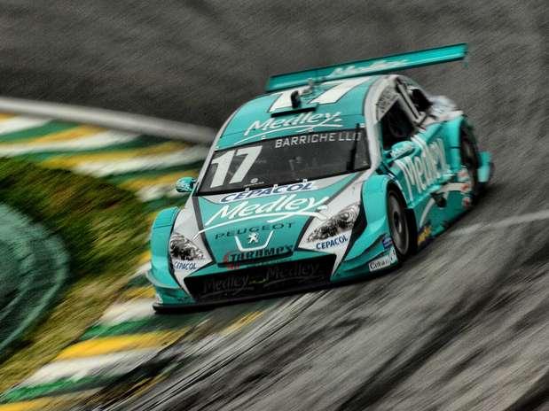 Anúncio foi feito por atual campeão da Stock em programa de TV Foto: Miguel Costa Jr./MF2 / Divulgação