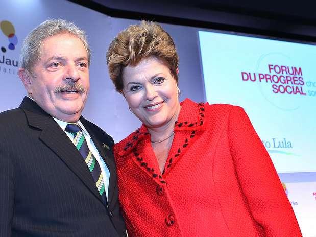 Ontem, o ex-presidente Lula e a presidente Dilma Rousseff estiveram presentes na abertura de um fórum na capital francesa Foto: Ricardo Stuckert/Instituto Lula / Divulgação