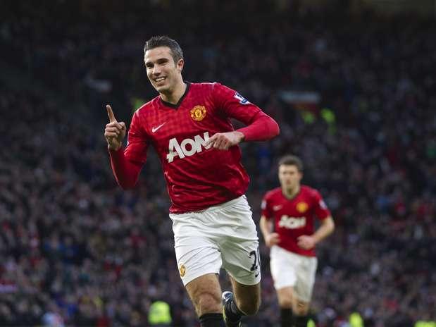 Van Persie foi o destaque em Old Trafford com um gol e uma bela assistência Foto: AP