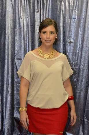 Mulheres acima do peso também podem usar saias curtas Foto: Divulgação