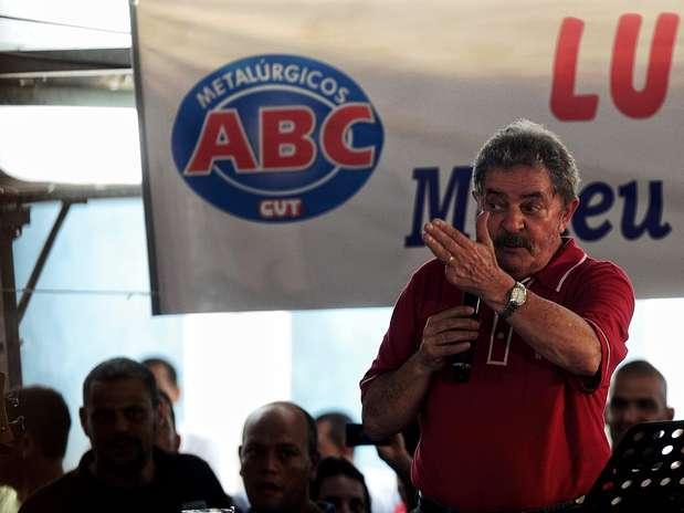 O ex-presidente Luiz Inácio Lula da Silva discursou no Sindicato dos Metalúrgicos do ABC, em São Bernardo do Campo Foto: Fernando Borges / Terra