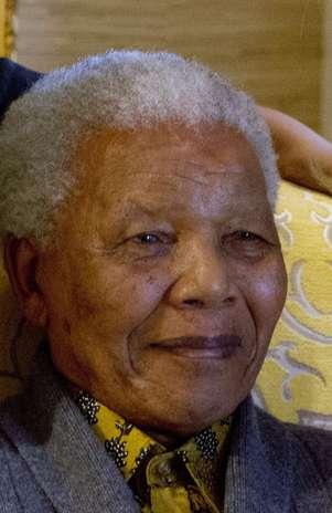 Nelson Mandela, ex-presidente da África do Sul, em foto de agosto de 2012 Foto: AP