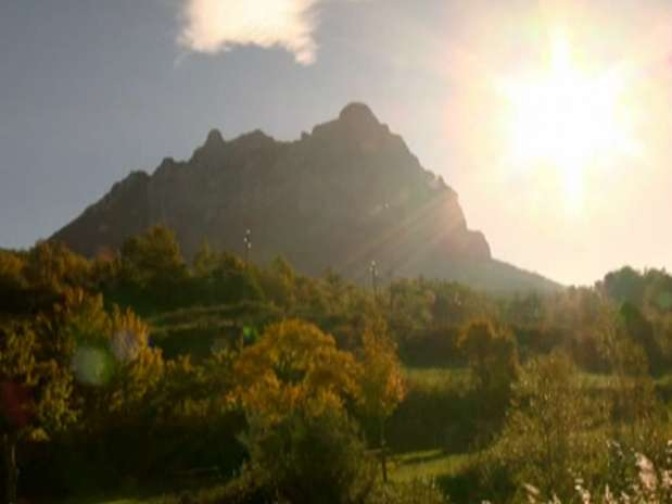 Acesso à montanha de Bugarach, na França, foi fechado Foto: BBC