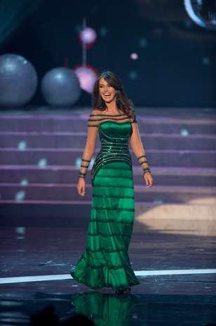 Miss Venezuela Irene Sofiá Esser Quintero durante desfile de traje de gala Foto: Divulgação