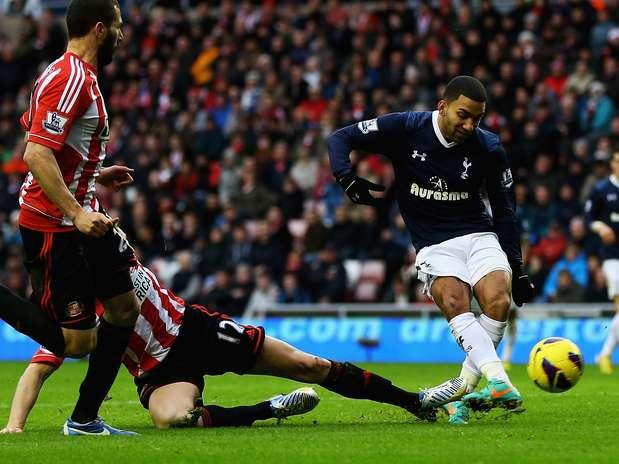 O segundo tento da vitória do Tottenham foi anotado por Aaron Lennon Foto: Getty Images