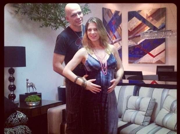 A dançarina é casada com o ex-nadadorFernando Scherer, conhecido como Xuxa Foto: Reprodução/Instagram