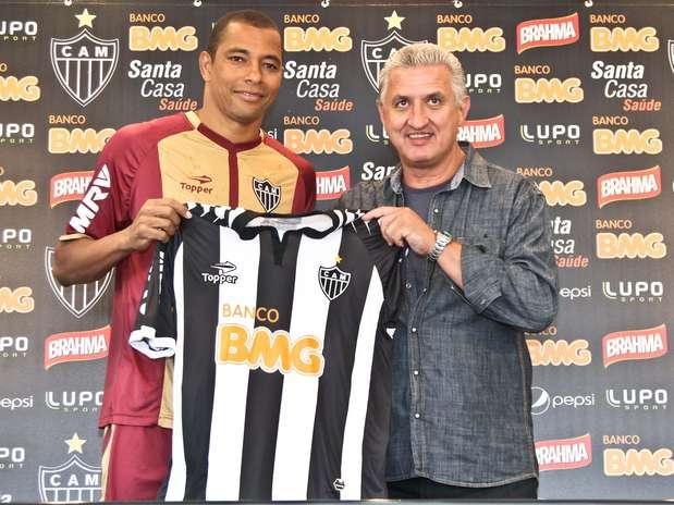 Gilberto Silva foi apresentado nesta terça-feira pelo Atlético-MG Foto: Bruno Cantini/Clube Atlético Mineiro / Divulgação