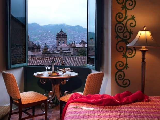 Hotel Monastério, Cusco, Peru: construído num antigo edifício religioso de 1595, o Hotel Monastério é um dos mais bonitos da cidade de Cusco, antiga capital do império Inca, no coração dos Andes peruanos. Protegido como patrimônio nacional do Peru, o hotel combina mobília colonial, arte religiosa e decorações incaicas. Desde os quartos, devidamente equipados com concentradores de oxigênio para combater os efeitos da altura, a mais de 3.200 metros de altura, os hóspedes têm lindas vistas sobre a cidade e as montanhas ao redor Foto: Divulgação