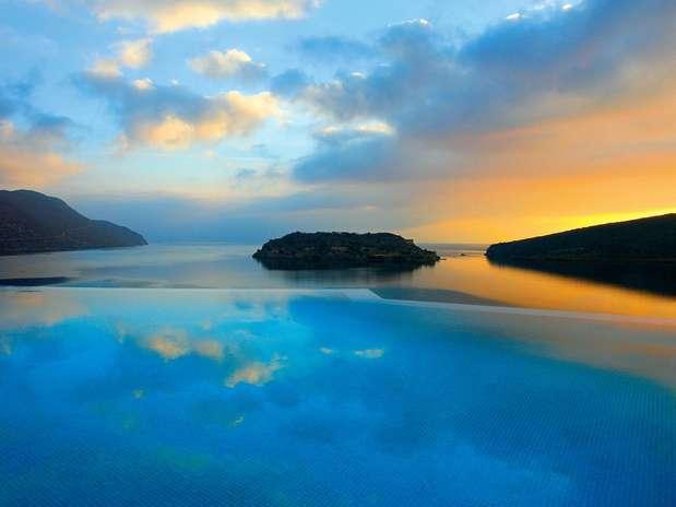 Blue Palace Resort & Spa, na Grécia, está entre os mais bonitos Foto: Divulgação