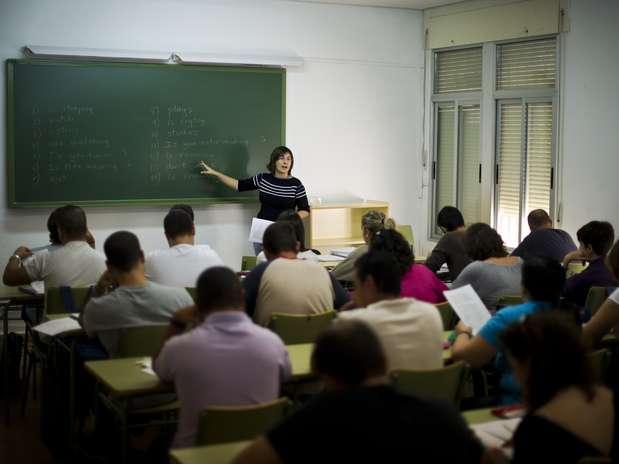 O piso nacional dos professores foi definido em lei sancionada em 2008 Foto: Getty Images