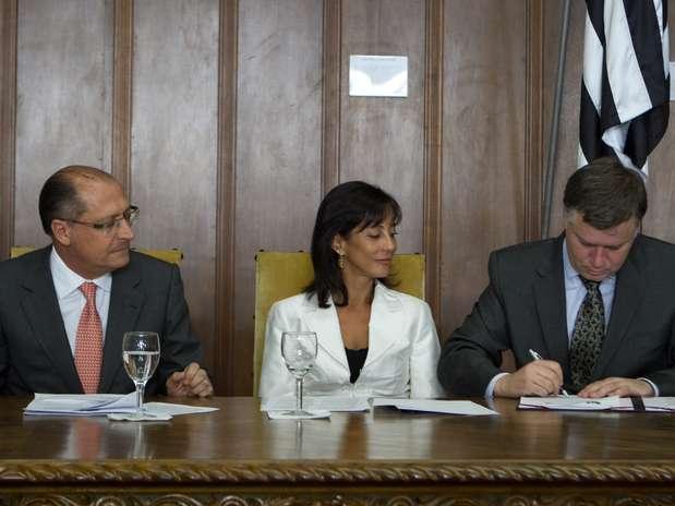 Governo do Estado assinou termos de cooperação técnica com o Tribunal de Justiça, o Ministério Público e a OAB nesta sexta-feira Foto: Governo do Estado de SP / Divulgação