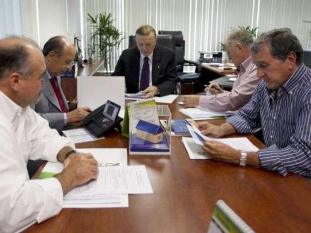 Após reuniões, comissão da Seleção entregou cronograma a Marin Foto: CBF / Divulgação