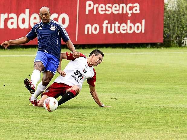 Aos 34, zagueiro espera chance na Seleção; Felipão admite nome experiente Foto: Fernando Borges / Terra