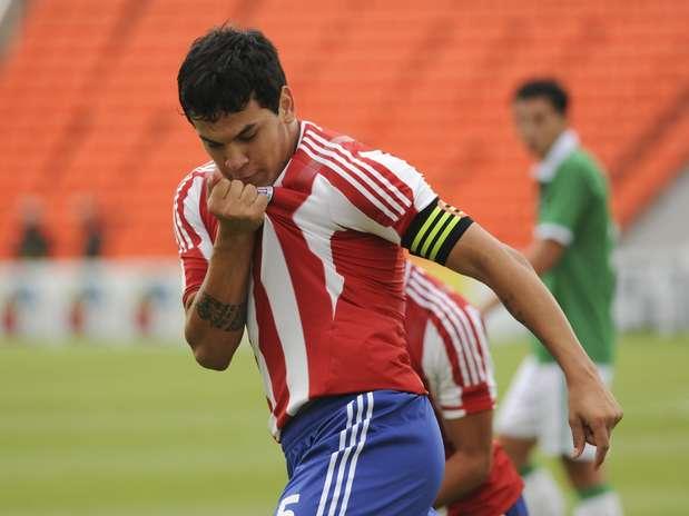 Resultado assegurou paraguaios no hexagonal final do Sul-Americano, na Argentina Foto: AP
