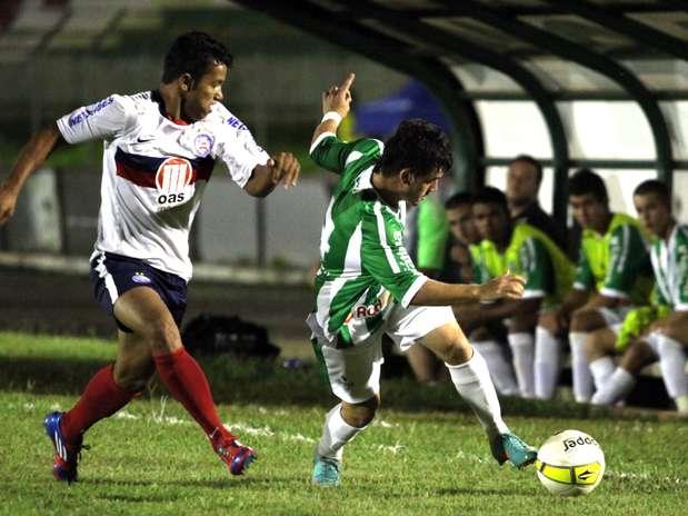 Bahia e Juventude fizeram jogo morno, mas disputa por pênaltis foi uma batalha Foto: Fernando Calzzani/ Photopress / Divulgação