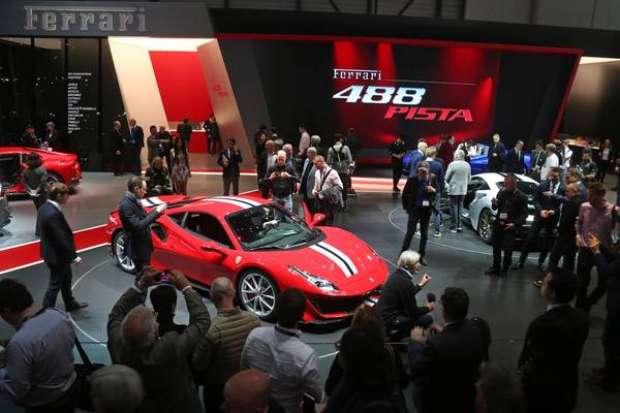 Ferrari anuncia que sua 1ª SUV será híbrida Foto: ANSA / Ansa