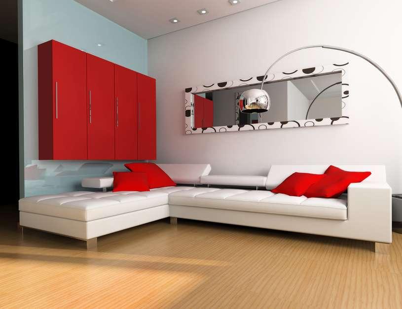 Pode-se usar espelho em mais de uma parede mas de preferência não uma de frente para a outra, para evitar o efeito de infinito Foto: Tomaz Tacla/ MVP Arquitetura/ FK Arquitetura