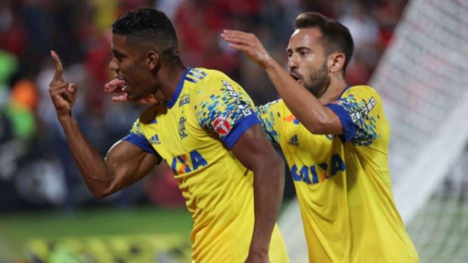 Flamengo x Coritiba Foto: Gilvan de Souza / Flamengo / LANCE!
