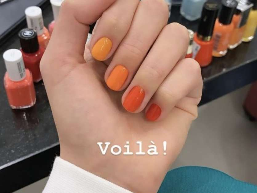 Uma unha de cada cor: tendência conquistou até a atriz Bruna Marquezine Foto: Getty Images / PurePeople